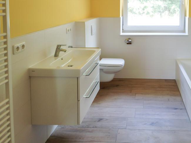 projekte lyra fliesen. Black Bedroom Furniture Sets. Home Design Ideas